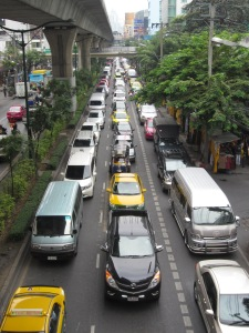 Gridlock on Sukhumvit with new SkyTrain above