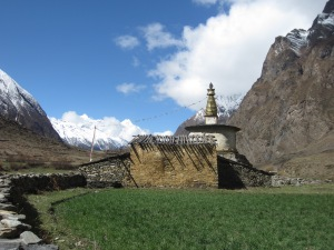 Chorten up-valley from Burji, Upper Tsum Valley